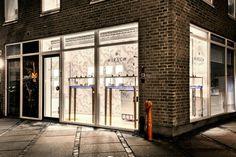 Hirsch Jewellery by Ehlers & Visby, Aarhus – Denmark Shop Interior Design, Retail Design, Store Design, Design Blog, Plan Design, Design Trends, Aarhus, Outfit Instagram, Stone Stairs