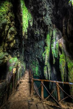 Monasterio de piedra Places Ive Been, Places To Go, Unique Photo, Travel Around, Spain, Europe, Explore, World, Amazing