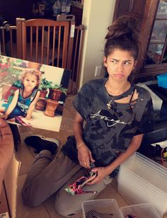 """Mo on Twitter: """"Zendaya just recreated her child hood picture...and I'm all here…"""