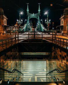 Budapest, Louvre, Building, Travel, Viajes, Buildings, Trips, Traveling, Tourism