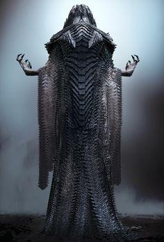 Dark Creatures, Mythical Creatures Art, Alien Creatures, Gas Mask Art, Masks Art, Steppenwolf Justice League, Zack Snyder Justice League, Priest Costume, Ancient Greek City