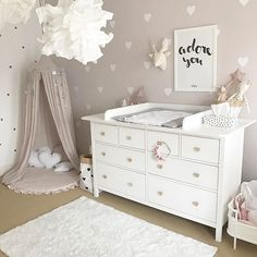 How to Design a Neutral Gender Nursery - Children's Spaces - Babyzimmer Baby Bedroom, Baby Room Decor, Nursery Room, Girls Bedroom, Bedroom Ideas, Trendy Bedroom, Bedroom Decor, Baby Room Art, Baby Room Design