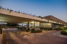 Bloc Architects - The Gates - Elaleni Salt Rock, Meaning Of Community, Rest House, Kwazulu Natal, North Coast, Sustainable Living, Gates, Modern Architecture, Sustainability