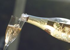 Belle Epoque Edition Première 2007 is a delicate spring bouquet of citrus and red fruit flavors with unique peach tint.  #perrierjouet #belleepoque #vintage #editionpremiere #champagne #spring  Please Drink Responsibly