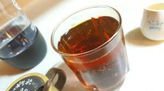 Simple to make! Just pour about one oz. or more of the cold dripped coffee~ You can substitute the cold-dripped coffee with espresso coffee pre-chilled with ice!