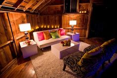 The Woodsy and Warm Cabin Loft | 10 Design Ideas For Your Dream Loft