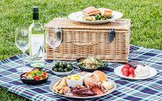 ¡Nos vamos de picnic! Ideas y consejos para comer al aire libre - https://www.conmuchagula.com/nos-vamos-de-picnic-ideas-y-consejos-para-comer-al-aire-libre/?utm_source=PN&utm_medium=Pinterest+CMG&utm_campaign=SNAP%2Bfrom%2BCon+Mucha+Gula