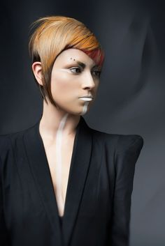 Trend Vision Hair by: Todd Da Silva Photo: Nick Berardi Make up: Sonia Tabor 2015 Hairstyles, Creative Hairstyles, Unique Hairstyles, Haircuts, Hair Inspo, Hair Inspiration, Fashion Show Makeup, Avant Garde Hair, Hair Shows