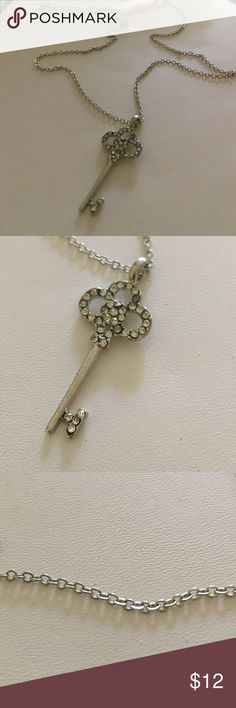 "New key 🔑 pendant silver tone necklace Key 1.25"" long. Chain 16"" long with extension fashion jewerly Jewelry Necklaces"