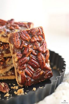Addictive Pecan Pie Bars You won't be able to stop eating these! They are so EASY to make and too dangerous to have around. BEST EVER pecan bars! Köstliche Desserts, Delicious Desserts, Dessert Recipes, Yummy Food, Plated Desserts, Recipes Dinner, Pecan Bars, Pecan Recipes, Sweet Recipes
