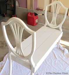 Upcycled chair backs in bench. A neat concept would be better with the back .- Upcycled Stuhllehnen in Bank. Ordentliches Konzept wäre aber besser mit dem Rü… Upcycled chair backs in bench. Neat concept would be … - Furniture Projects, Furniture Makeover, Diy Furniture, Furniture Vintage, Handmade Furniture, Furniture Dolly, Furniture Styles, Wood Projects, Repurposed Furniture