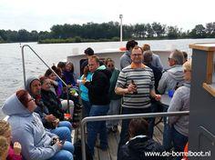 Familiedag op de Borrelboot in Harderwijk. Lekker ontspannen en bijkletsen met de hele familie op het water. Ondertussen geniet u v.e. lekkere lunch of BBQ