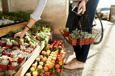 rainydaysandblankets:    ladyfromthenorth:         getting closer to farmer's market season!