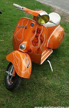 Vespa Ape, Lambretta Scooter, Vespa Scooters, Vintage Cars, Vintage Vespa, Custom Vespa, Sidecar, Chopper, Cars And Motorcycles