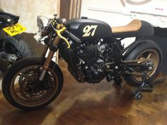 Possibly the best looking Z750 you have ever seen?  #BlackBullet