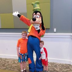 They have spoiled us here at #givekidstheworld. Yesterday morning we got to meet Goofy without the long lines of Disney at the Village. These little things have certainly made our trip unforgettable.  Today we travel home and there are mixed reactions. J doesn't want to leave yet he misses home too. I think we all agree.  Thank you @tobysdream for this magical trip.  #gktw #JsWishTrip #wishtrip #floridavacation