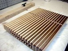 20 Free Cutting Board Plans + the 4 that Blew My Mind |