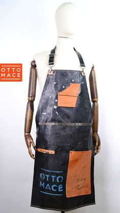 LEATHER RUBBER Apron Sam Browne Belt, London Jeans, Motorcycle Shop, Diy Design, Nail Bar, Wood Work, Frankenstein, Handmade Leather, Workwear