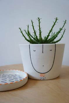 »Planter Guy Bruce ceramic stoneware pottery by vanessabeanshop«