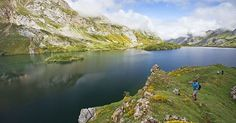 Lago del Valle #Somiedo, un oasis de tranquilidad en #Asturias #ParaísoNatural #España #Spain #visitSpain #visitAsturias #NaturalParadise #paisaje  #naturaleza #nature #landscape #montaña #mountain