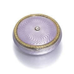 A Fabergé jewelled and gold-mounted enamel pill box, workmaster Henrik Wigström, St Petersburg, 1903 | Lot | Sotheby's