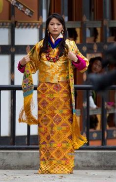 """alessandrahautumn: """" The Queen of Bhutan Ashi Jetsun Pema Wangchuck greets thousands of Bhutanese citizens at the celebration ground at ChangLeme Thang October 2011 in Thimphu, Bhutan. In this final day of wedding celebrations for the royal. Royal Princess, Prince And Princess, Princess Beatrice, Princess Madeleine, Princess Victoria, Royal Fashion, Ethnic Fashion, Yellow Fashion, Star Fashion"""