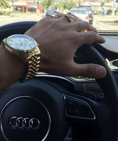 [Identification] Hey R/Watches could you guys ID this watch? Skate Wear, Fossil Watches, Fine Watches, Luxe Life, Luxury Watches For Men, Luxury Jewelry, Luxury Lifestyle, Fashion Addict, Rolex
