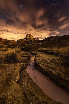 Night in the desert - by David Martin Castan