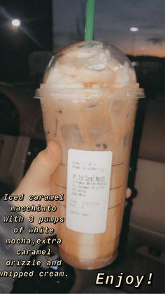 Starbucks Smoothie, Iced Starbucks Drinks, Smoothie Drinks, Starbucks Coffee, Smoothies, Coffee Drink Recipes, Coffee Drinks, Fondue Recipes, Copycat Recipes