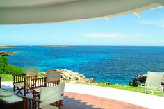 Renting a luxury holiday home in Menorca provides you with the best choice of accommodation in Menorca. Here you will find a wide range of villas in Menorca Menorca Villas, Utrecht, Luxury Family Holidays, Spanish Villas, Location Villa, Villa With Private Pool, Balearic Islands, Home Comforts, Tourist Places