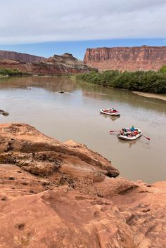 A beautiful day for a Cataract Canyon river trip. This one launched from Mineral Botton on the Green River! Canyon River, Canyonlands National Park, Green River, Colorado River, Rafting, Idaho, Monument Valley, Mineral, National Parks