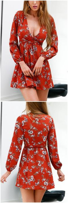 Rust Cross Front Deep V-neck Floral Print Mini Dress US$17.95