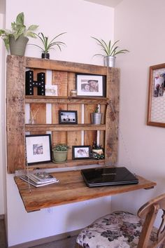 DIY Space-Saving Pallet Desk - The Northwest Momma