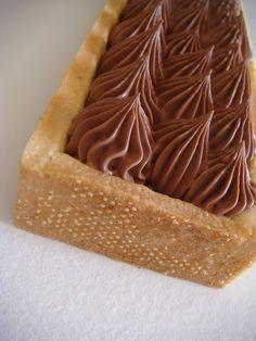 Sweet Pie, Sweet Sauce, Sweet Tarts, Mini Desserts, Chocolate Desserts, Sweet Recipes, Cake Recipes, Italian Buttercream, Ganache Frosting