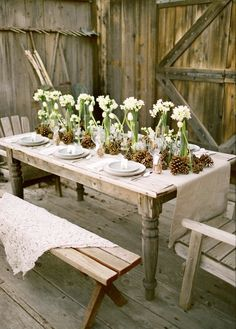 great outdoor party tablescape
