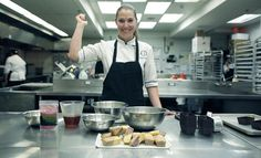 Top Chef Canada's Karine Moulin makes some amazing pound cakes with a secret (organic) ingredient from Vancouver island in this video recipe. Mad skillz!