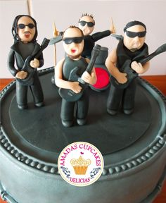 Image result for fondant shocked face Fondant, Shocked Face, Music Bands, Metallica Metallica, Rock Cakes, Birthday Cake, Desserts, Image, 1980s