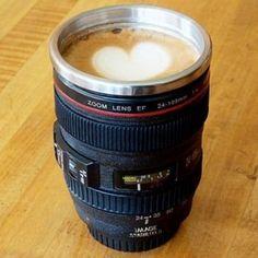 Camera Lens Stainless Steel Coffee Mug. I don't like the heart but the camera lens mug is pretty sweet! Coffee Mug Sets, Mugs Set, Coffee Cups, Coffee Coffee, Drink Coffee, Coffee Shot, Coffee Today, Funny Coffee, Coffee Break