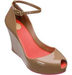 These #tan #wedges with an #ankle #strap wear well long into the day and night, from #Melissa POP shoes in Uptown Park!