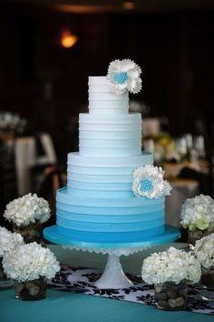 bolo ombre azul - Pesquisa Google