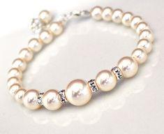 Ivory Pearl Bracelet, Wedding Jewelry. Bridal Pearl Rhinestone Bling Single-Stranded Wedding Bracelet for the Bride or Bridesmaids