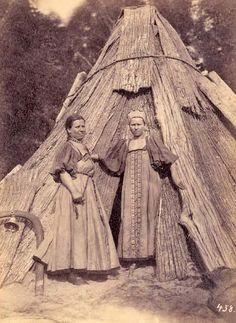 RUSSIAN PEASANTS, 1800S