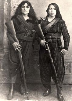 female Armenian guerrilla fighters, turn of the century women in pants trousers old photo vintage century Old Pictures, Old Photos, Rare Photos, Vintage Pictures, Badass Women, Real Women, Interesting History, Female Poses, Guerrilla