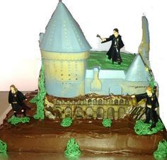 Harry Potter Party Cake - Cake Kit available from www.partyzone.com.au