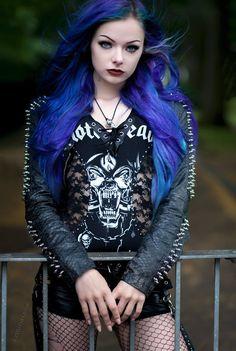 goth / metal / black leather / blue hair / women's fashion / alternative fashion / industrial