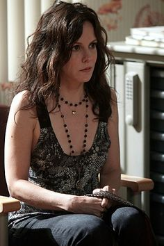"Mary Louise Parker""... wish I had one drop of the fearlessness that the character, Nancy Botwin, had."