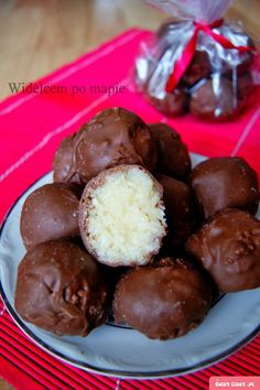 Bounty - lepszy niż oryginał - Swiatciast.pl Sweet Recipes, Cake Recipes, Dessert Recipes, Banana Pudding Recipes, Good Food, Yummy Food, Healthy Sweets, Sweet Cakes, Chocolate Desserts