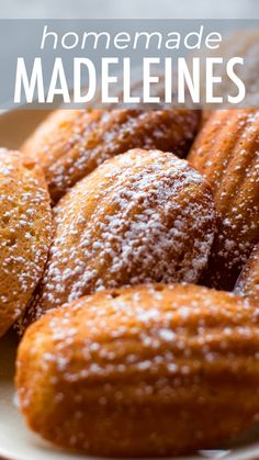 Light & airy homemade madeleines with delicious buttery lemon flavor. Step by st… Light & airy homemade madeleines with delicious buttery lemon flavor. Step by step photos and instructions on sallysbakingaddic… Dump Cake Recipes, Best Dessert Recipes, Vegan Recipes Easy, Sweet Recipes, Easy Donut Recipe, Donut Recipes, Baking Recipes, Cookie Recipes, Madelines Recipe