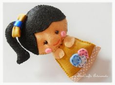 A good day to all! This is another beautiful brooch. What do you think this little girl? Almost reaching her new home. ♥