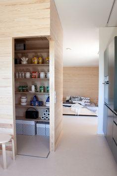 Skammin talo - Puu on niin IN! @Asuntomessublogit / Ruutupaperilla Alcove, Bathtub, Bathroom, Interior, Standing Bath, Washroom, Bathtubs, Indoor, Bath Tube